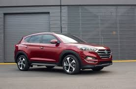 An automatic liftgate is available on 2017 hyundai tucson. 2017 Hyundai Tucson Line Up Offers Enhanced Infotainment Premium Audio And Interior Materials
