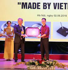 The Smart Light - Đèn học thông minh tích hợp công nghệ mới xác lập Kỷ lục  Việt Nam - HỘI KỶ LỤC GIA VIỆT NAM - TỔ CHỨC KỶ LỤC VIỆT NAM(VIETKINGS)