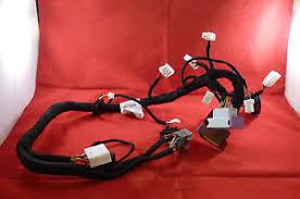 maserati quattroporte wiring harness cable 011183 yazaki 30888205 image is loading maserati quattroporte wiring harness cable 011183 yazaki 30888205