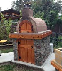 one of our fellow washingtonians created this awesome wood fired oven and la caja style diy