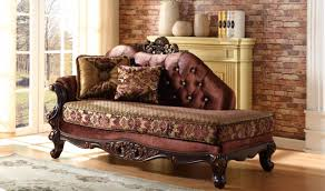 Traditional Living Room Set 685 Lyon Traditional Living Room Set In Rich Cherry By Meridian