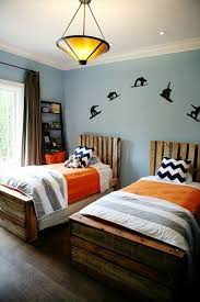 9 ways to create bed frames out of used pallet wood pallet furniture