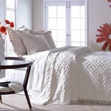 white chenille bedspread. Modren White Intended White Chenille Bedspread