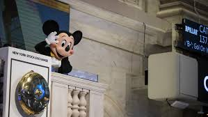 Annual Salary Of An Interior Designer Extraordinary Disney Earnings Investors Expect An Update On Streaming Strategy