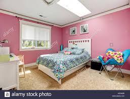 Schöne Rosa Schlafzimmer Für Mädchen Stockfoto Bild 122314281 Alamy