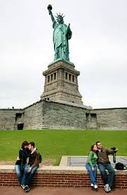 statue of liberty essay army essay statue of liberty essay examples docoments ojazlink amd statue jpg statue of liberty essay examples