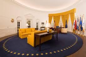 oval office desk. Stupendous Office Interior Nixon Library Oval Secrets Of The Desk: Full Size Desk