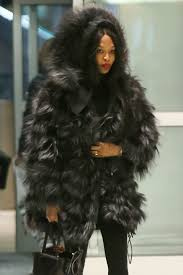 naomi campbell keeps warm in a large fur coat jfk airport in ny 3 11 2017