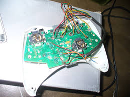 pls help me wire up my xbox 360 controller late version shoryuken cansome pls help me i cant seem to work the down botton of my dpad its a xbox 360 controller late version every tym i press down my controller will turn
