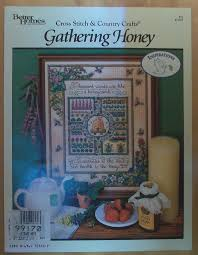 101 Best Loved Designs From Cross Stitch And Country Crafts Gathering Honey Cross Stitch Country Crafts Anonymous