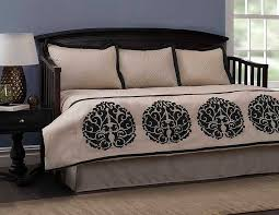 comforter for daybed bedding sets stylish trundle day bed all inside set decorations 12