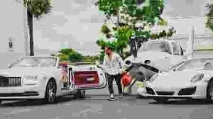 Aluguel de carros de luxo em miami 15/01/2016. Em Miami Empresario Aluga Ferraris Com Desconto Para Quem Esta Com Covid 16 08 2020 Uol Noticias