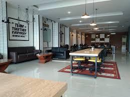 outdoor office space. Tapi Bisa Disewa Harian Untuk Flexible Desk, Dan Bulanan Private Office. Pengelola Mengatakan Bahwa Coworking Space Sejatinya Memang Didesain Outdoor Office A