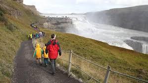 Islands may occur in oceans, seas, lakes, or rivers. Perfekt Zum Social Distancing Island Vermisst Seine Touristen N Tv De