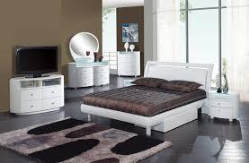 emily bedroom set light oak: global furniture emily glossy white bedroom set  pieces  png