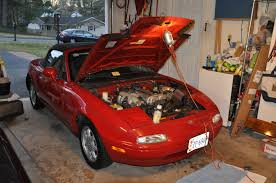 garage corner mazda mx miata sound off totally that in sum the tts team has owned four miatas and while each has had a distinct personality of its own believe it or not they all had one failing in common