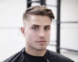Image Coupe De Cheveux Simple Homme Coiffure Cheveux Mi Long