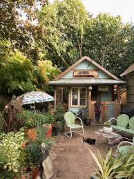 garden sheds and potting benches