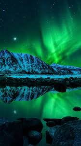 Download the perfect aurora pictures. Earth Aurora Borealis 720x1280 Wallpaper Id 326144 Mobile Abyss