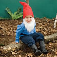 i love this cute garden gnome costume