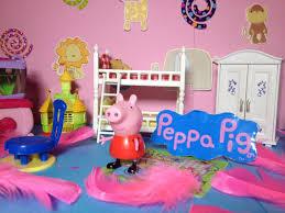 Peppa Pig Bedroom Stuff Peppa Pig Nickelodeon Peppa Design Peppas Bedroom A Bbc Nick Jr