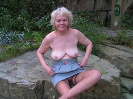 Free aged granny big tit pictures
