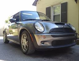 Mitchel Douglas's 2003 MINI Cooper on Wheelwell