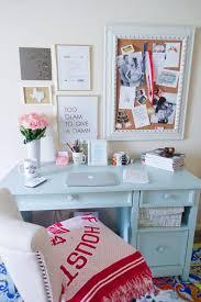 best 25 desk decorations ideas