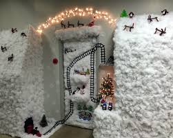 winter door decorating contest. 2015 Holiday Door Winner! - Library Tech Services Winter Decorating Contest O