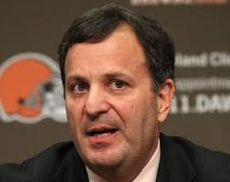 The reign of Mike Lombardi in Cleveland is over. On Tuesday the Browns promoted Ray Farmer to their general manager role and ousting Lombardi. - michaellombardi