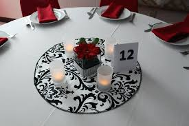 round table centerpieces round table centerpiece ideas wedding decorations on