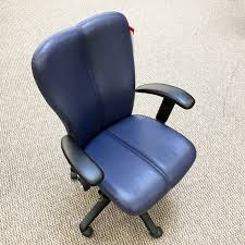 via office chairs. VIA Voss Mid Back Executive Office Chair (Night Navy) CHE8990VIA Via Chairs
