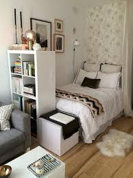 cute apartment decorating ideas. Modren Cute Cool 33 Stylish And Cute Apartment Studio Decor Ideas  Httpslivinkingcom2017061133stylishcuteapartmentstudiodecor Ideas For Decorating E