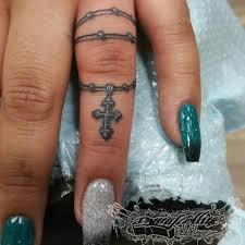 Tiny Finger Tattoo Tinytattoo Finger Rosary Blackandgr Flickr