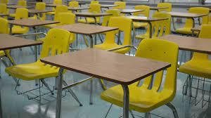 Escuelas públicas de Miami-Dade preparan plan de regreso a clases