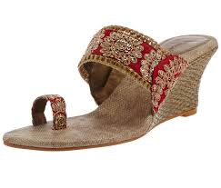 Ladies Chappal New Design Buy Women Party Wear Bridal Footwear At Rs 710 Lowest Price