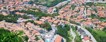 Feb 24, 2021 · san marino is a landlocked enclave in southern europe. San Marino Geschichte An Der Adria Sz Reisen Reisen Sie Mit Uns Um Die Ganze Welt