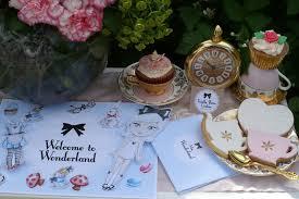 Alice In Wonderland Decoration Sweet On Parties Bake Create Celebrate Celebrate Ruffles