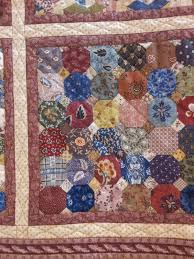 JoyofQuilting: Festival of Quilts N.E.C. - Spotlight Wednesday & Unfortunately, I didn't think to jot down the names of the quilts or the  makers - note to self for next year - take ... Adamdwight.com