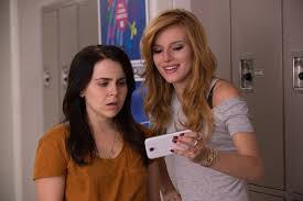 interview the duff cast on crushing high school stereotypes mae whitman left stars bella thorne right in the duff