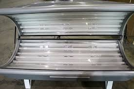 Grande 16 Lamp Silver Canopy Tanning Bed - shopgoodwill.com