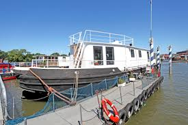 Houseboat Images Is This Londons Most Expensive Houseboat Vessel On Sale For Alb13