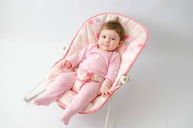 At What Age Can A Baby Use A Bouncer?