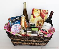 5 creative gift baskets you don t have to be a wine expert to