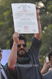 shah rukh khan walks down memory lane as he collects his shah rukh khan shah rukh khan fan fan shah rukh khan bachelors degree