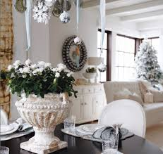 Decorations:Fantastic Christmas Theme In Dining Room With Round Black Table  And White Tufted Sofa
