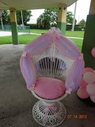 white baby shower chair