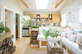 This Tiny  Square Foot Beach Cottage Is BIG On Style Venice - Cottage house interior design