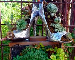 garden items. Make Decorations For Your Old Stuff To Ensure That The Design Of Garden Is Unique. Ideas With Items H