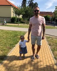 At Mbel Milan Holík Mydva Ema Tata Dce
